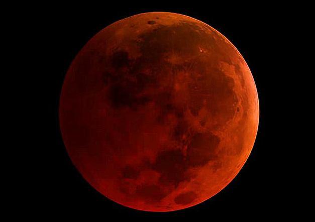 Dziś na niebie superksiężyc. To będzie krwawa niebieska pełnia Księżyca!