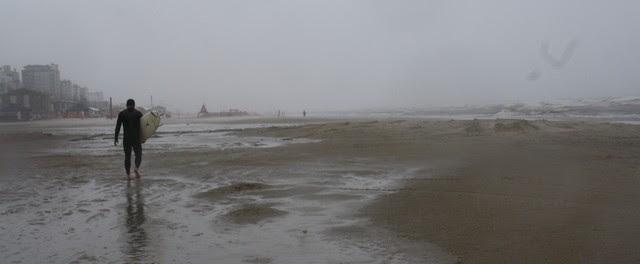 Chuva em Capão da Canoa, litoral do RS (Foto: Gerson Antunes/RBS TV)