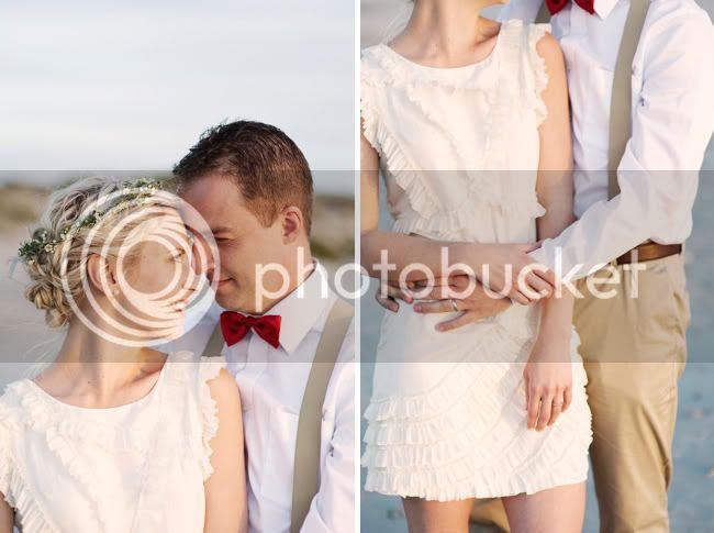 http://i892.photobucket.com/albums/ac125/lovemademedoit/welovepictures/StrandKombuis_Wedding_087.jpg?t=1324655040