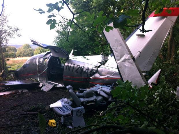 Dois belgas que estavam no avião morreram e outros três ficaram feridos (Foto: Gendarmerie Nationale/ AFP)