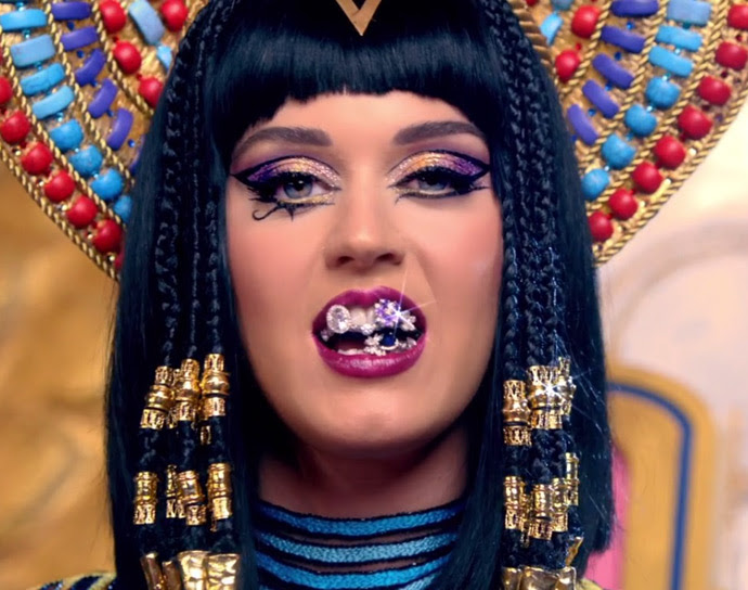 katy-perry-makeup-dark-horse