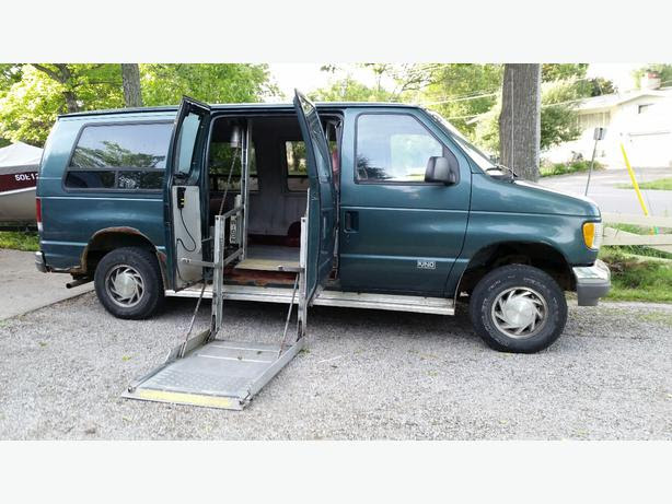 Wheelchair Accessible 1995 Ford E150 Van Sault Ste Marie
