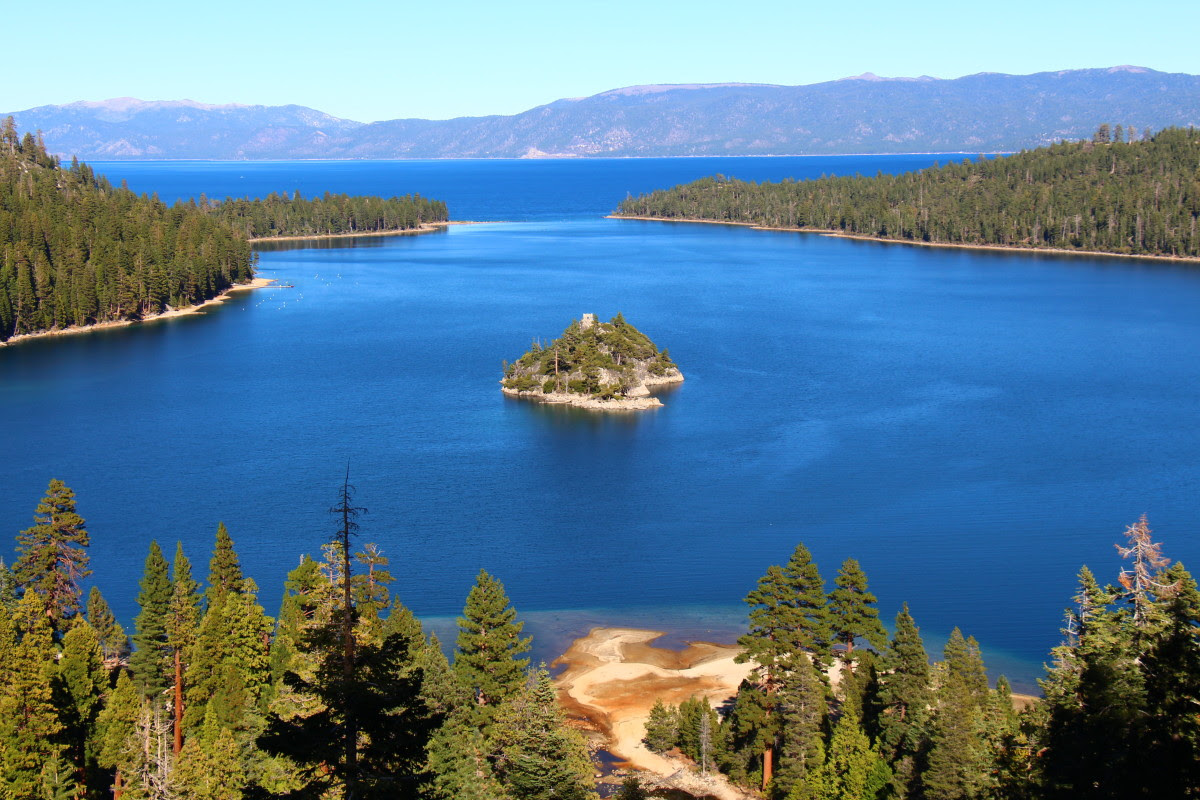 Destination Guide Lake Tahoe