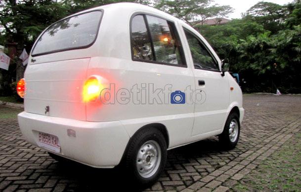 Merasakan Sengatan Taksi Tawon