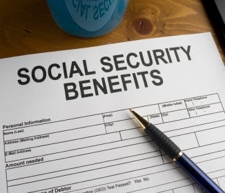 What We Learned About Social Security Preparing for Early Retirement - Debbie-Dabble Blog - HMLP 102 - Feature