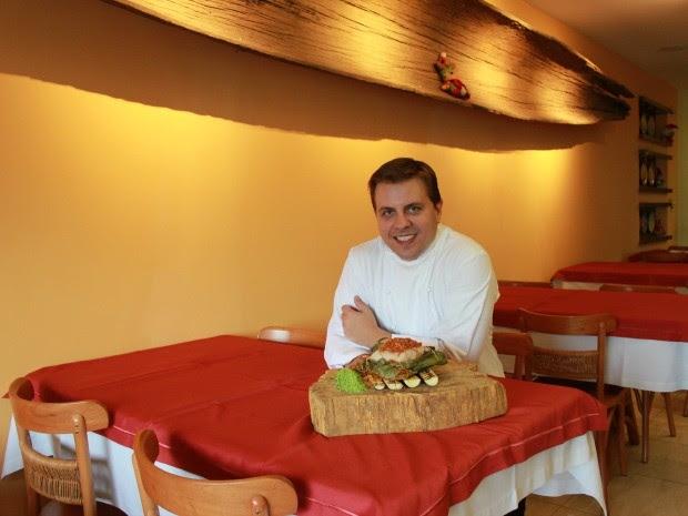 Chef Felipe Schaedler é o criador da receita (Foto: Adneison Severiano G1/AM)