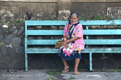 nueva vizcaya lola at the bus stop
