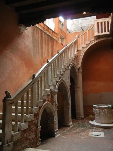 DSCN1542 _ Casa di Goldoni, Venezia, 13 October