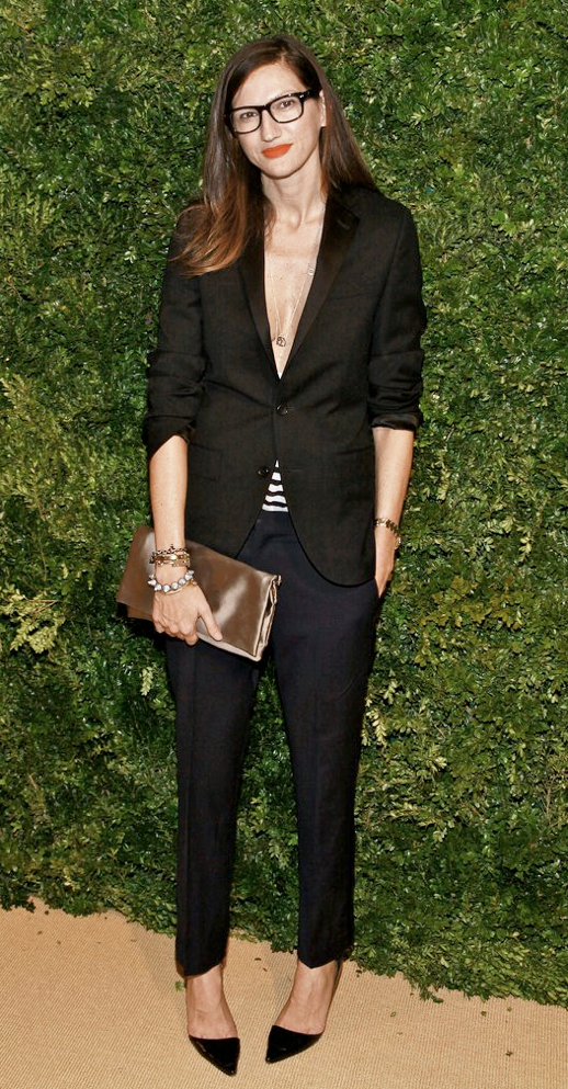 LE FASHION BLOG MODERN SUIT JENNA LYONS BLACK PUMPS BLACK BLAZER STRIPE LOW CUT SHIRT NAVY CROPPED CROP TROUSERS SATIN CLUTCH SPIKE BRACELET RED LIPSTICK BLACK FRAME EYEGLASSES SIDE PART MONG HAIR 3 photo LEFASHIONBLOGMODERNSUITJENNALYONSBLACKPUMPS3.png