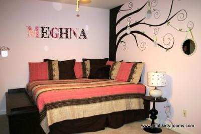 Cool Rooms on Contemporary Chic Pink And Brown Teen Girl Bedroom