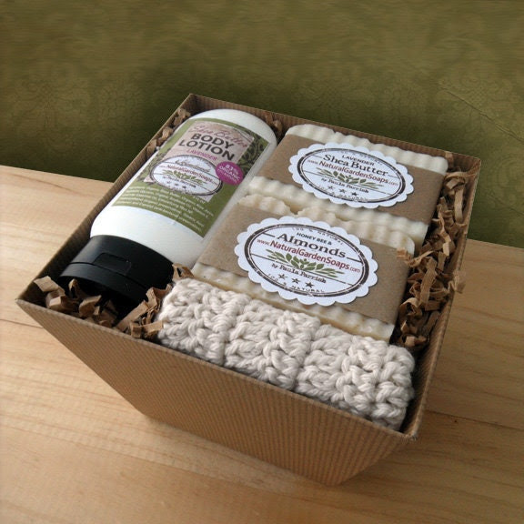 Essential Body Gift Box