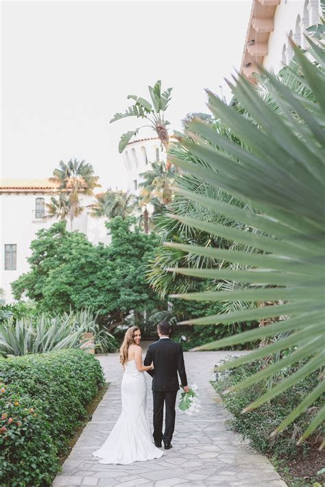 Santa Barbara Courthouse wedding inspiration   Anna