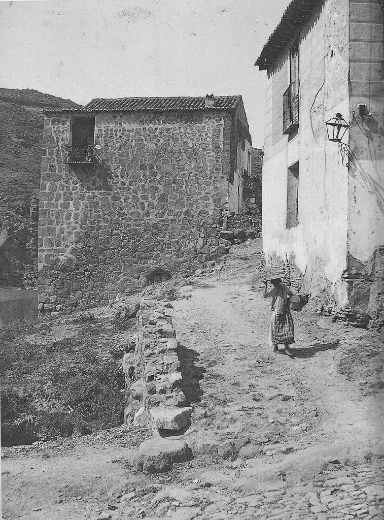 Torre del Hierro de Toledo hacia 1910. Fotografía de D. Pedro Román Martínez
