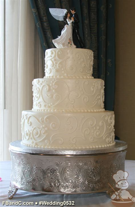 "Design W0532   Butter Cream Wedding Cake   12"" 9"" 6"
