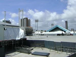 Parque do Povo está sendo montado para o São João 2013 (Foto: Taiguara Rangel/G1)