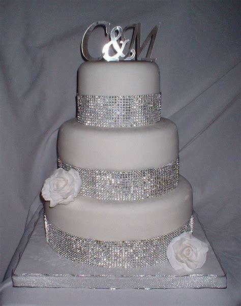 Wedding Cakes with Bling     12) fondant covered with