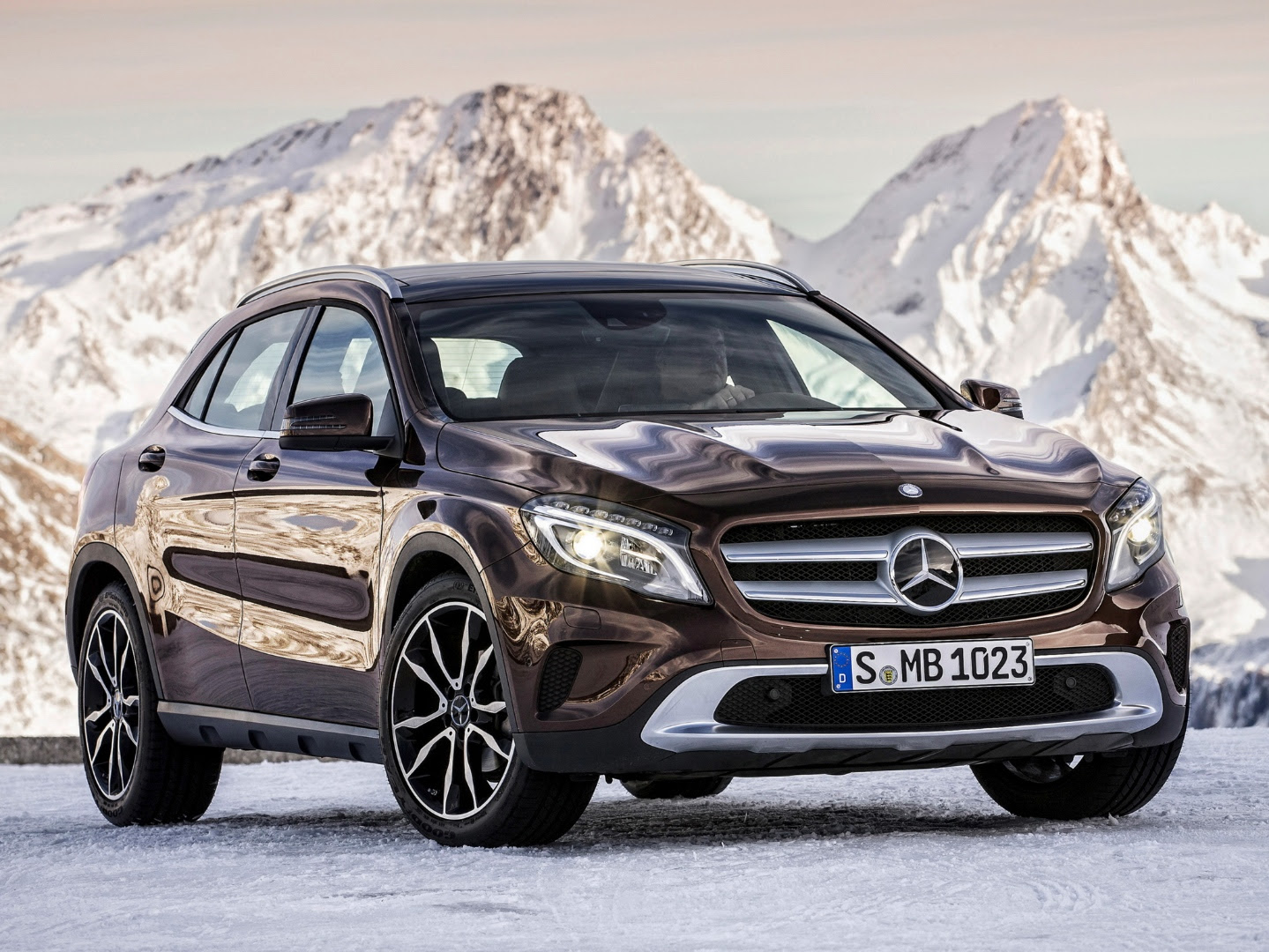 Mercedes-Benz GLA Crossover/SUV to be Manufactured in ...