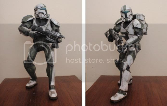photo star.wars.clone.trooper.papercraft.via.papermau.001_zps141f3djx.jpg