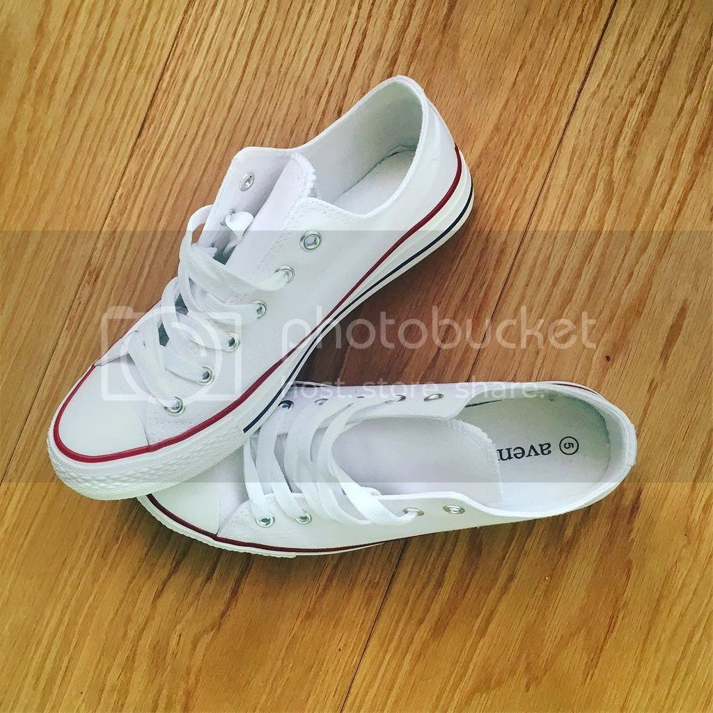 Aldi Special Buy white sneakers photo 33146267123_7431c987b4_o 1_zps3xobzr0v.jpg