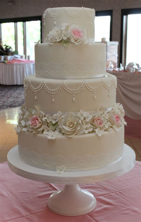 30 best images about Cakebox Wedding Cakes on Pinterest