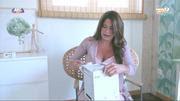 Barbara Guimarães sensual no programa E Agora o que fazemos