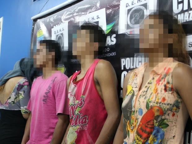 Irmãos suspeitos de esquartejar tia-avó foram detidos nesta terça-feira, em Manaus (Foto: Camila Henriques/G1 AM)