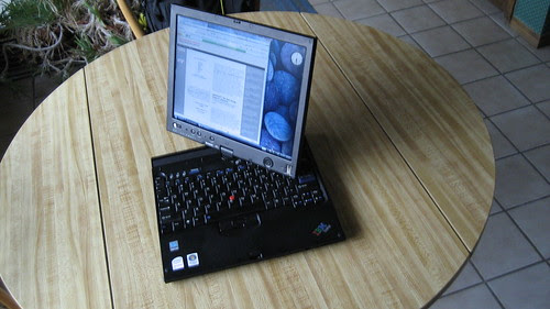 Lenovo ThinkPad X61 (transforming)
