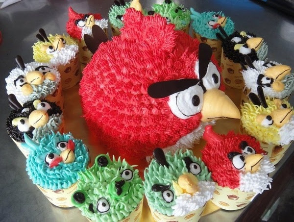 Angry Birds Cake & Cupcakes food-for-the-soul
