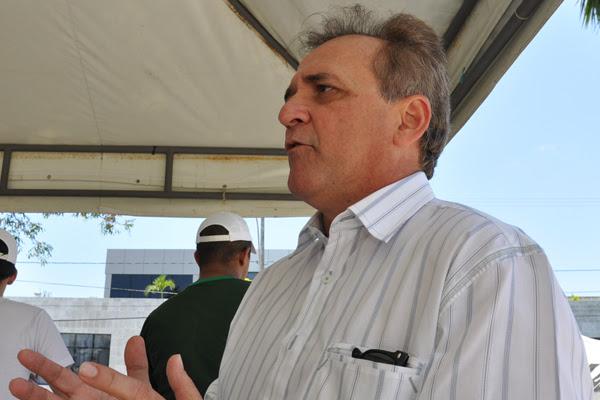 Geraldo Ferreira afirma que vencimento de médico chega a R$ 1 mil