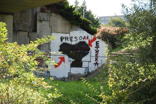 Basque prisoners home mural por Soniko.