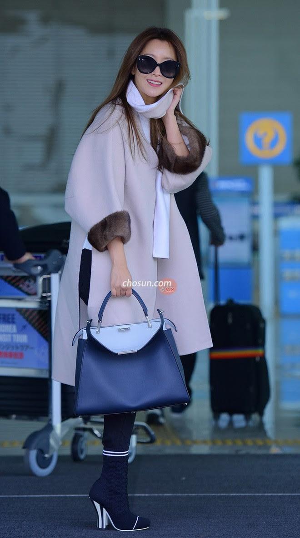 Mỹ nhân không tuổi Kim Hee Sun lên đường sang Milan dự tuần lễ thời trang - Ảnh 6.