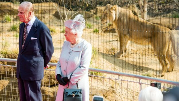 Queen at London Zoo