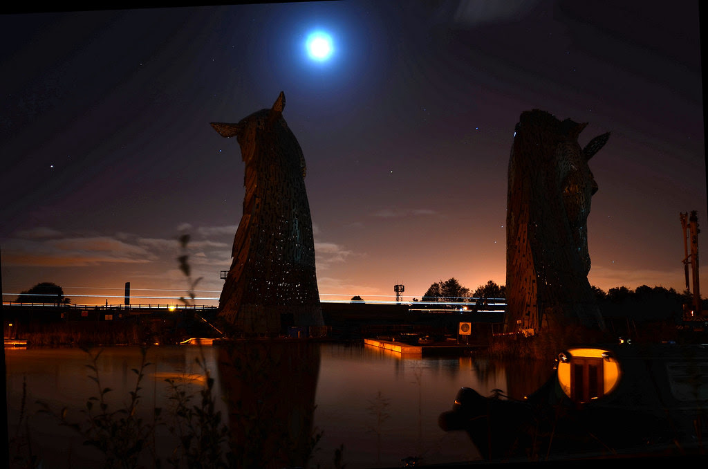 Andy Scott's The Kelpies, at Night