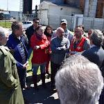 """Social - Nicolas Dupont-Aignan en visite à la sucrerie de Toury : """"l'Europe détruit notre pays"""""""
