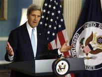 El secretario de Estado de Estados Unidos, John Kerry, en una conferencia para discutir la posición de Estados Unidos sobre la situación en Siria en el Departamento de Estado en Washington, ago 30 2013. Francia dijo el viernes que aún respalda una acción militar para castigar al Gobierno del presidente sirio Bashar al-Assad por un supuesto ataque con gas letal sobre civiles, mientras Estados Unidos avanzaba con los planes de respuesta sobre Siria pese a que el Parlamento británico votó en contra de la medida. REUTERS/Larry Downing