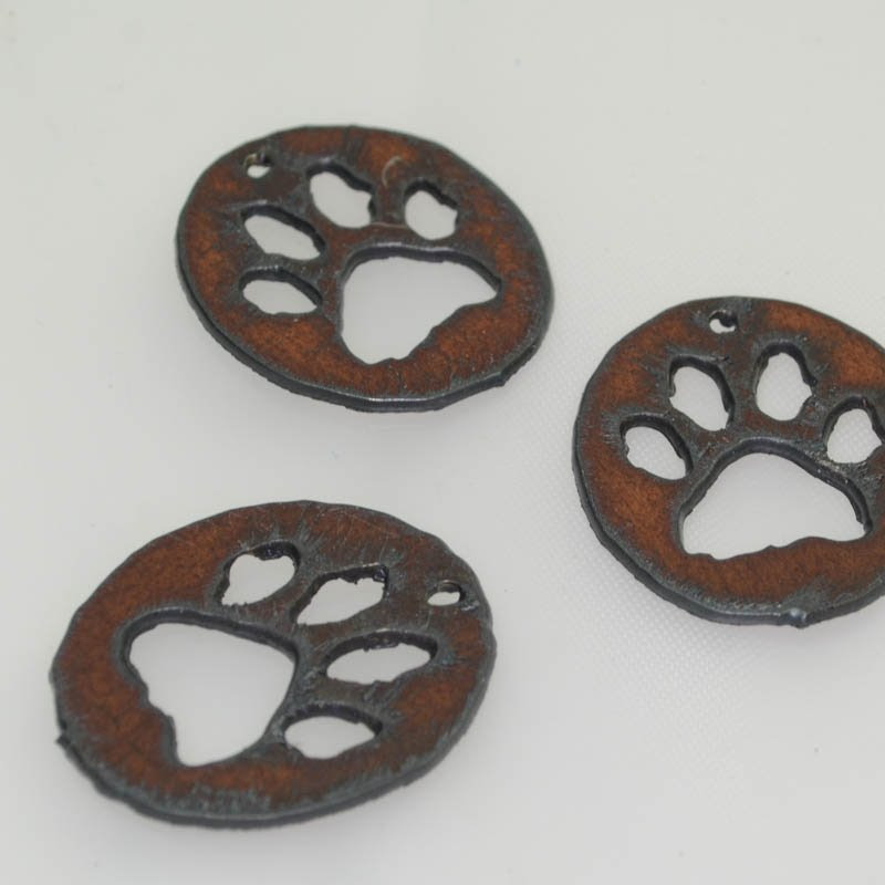 s40590 Stamped Metal Components -  Pawprint Oval - Rusted Iron (1)