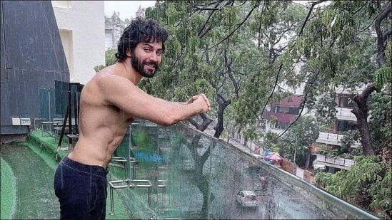 Varun Dhawan's pull-ups video will encourage you to crush your health targets