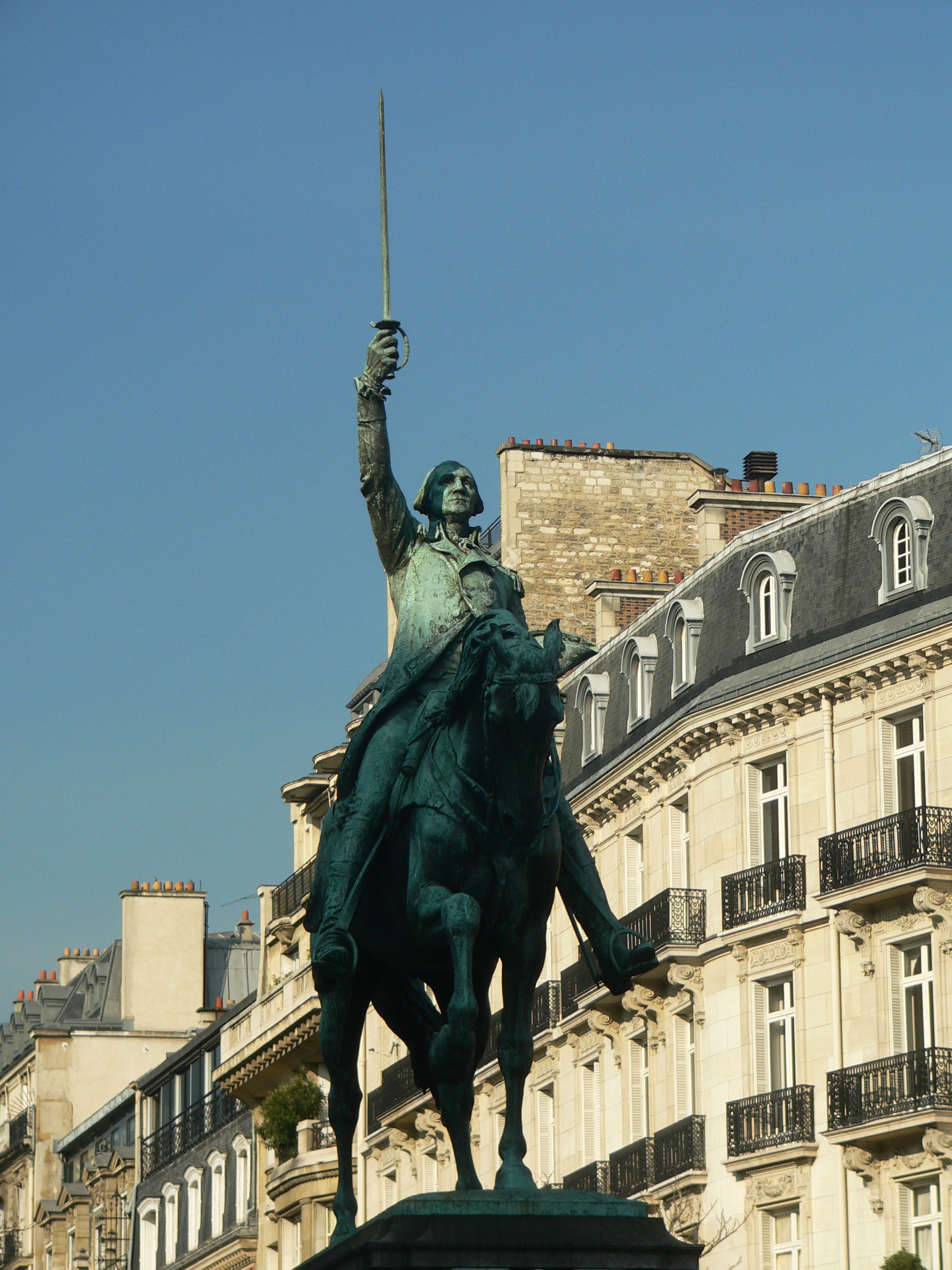 Statue of General George Washington in the 'Republic of France'