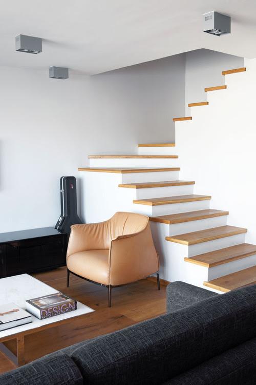 Dise o de escaleras 60 tecno haus - Maison ribatejo y atelier nuno lacerda lopes ...