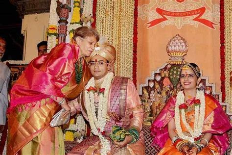 In pictures and video: Mysuru's Yaduveer Wodeyar marries