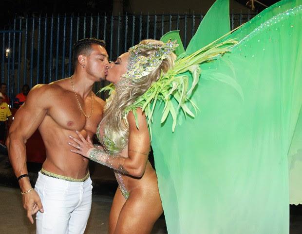 Juju Salimeni e Felipe Franco (Foto: Manuela Scarpa e Rafael Cusato/Brazil News)