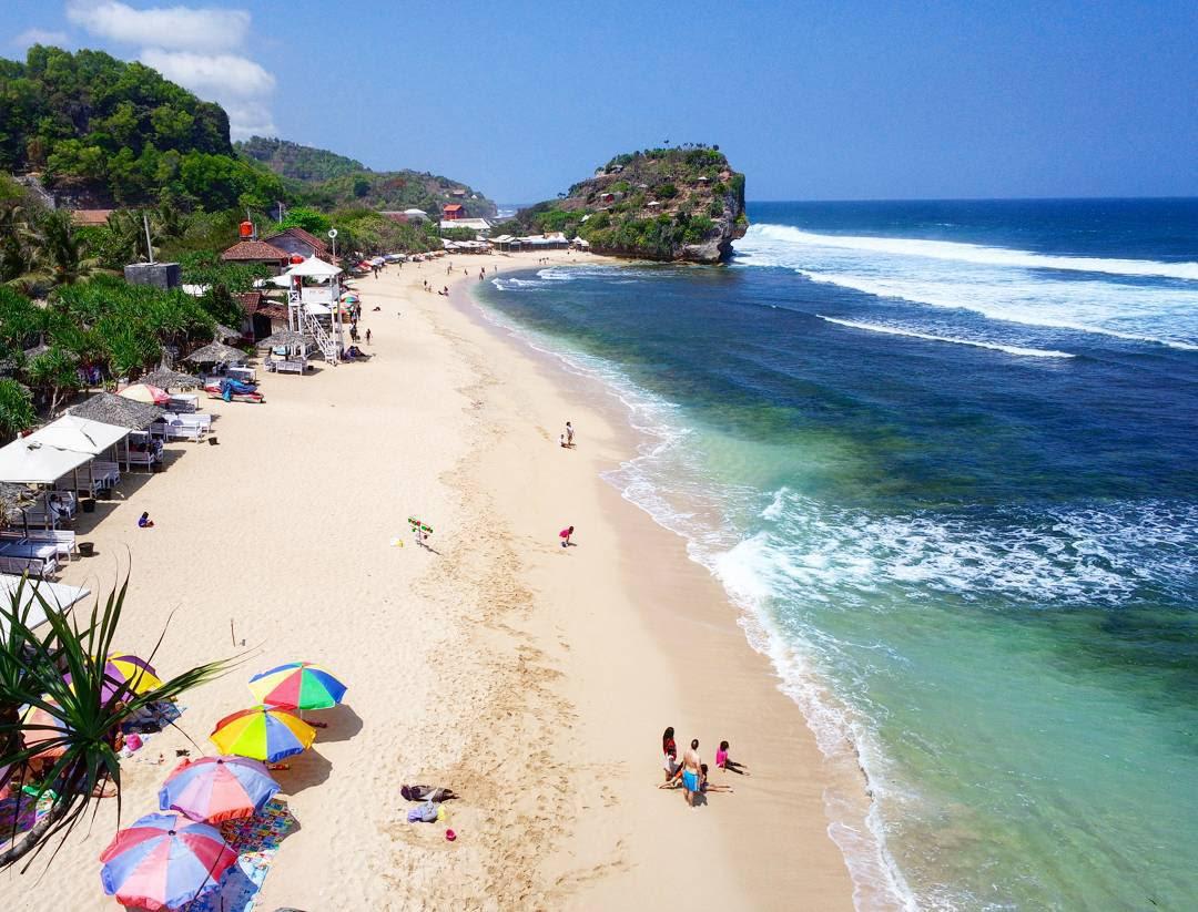 Wisata Jogja Pantai Indrayanti - Harga Tiket Masuk, Rute, Lokasi, Fasilitas