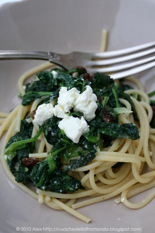 Spaghetti spinacini e feta
