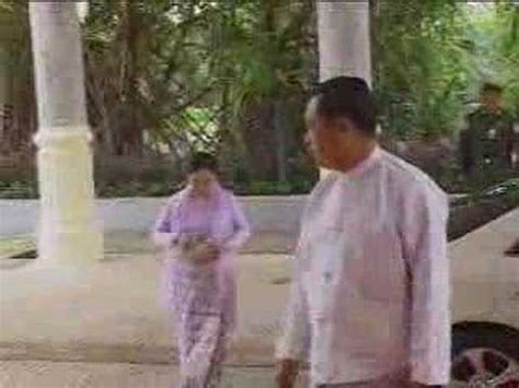 Myanmar Wedding of Burma Than Shwe's daughter   2of24