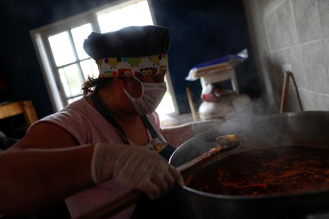 Unable To Work, Argentines At The Fringes Turn To Army For Food