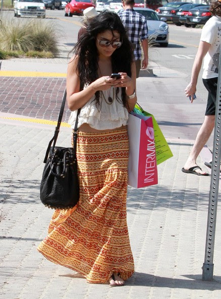 Vanessa Hudgens Actress Vanessa Hudgens out shopping for clothes in Malibu,
