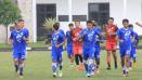 Indosport - Para pemain Persib Bandung lakukan latihan perdana den   gan pelatih anyar, Mario Gomez
