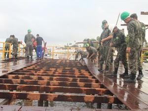 Retirada da estrutura foi feita em operação da Superintendência do Patrimônio da União na Paraíba (Foto: Divulgação/MPF-PB)