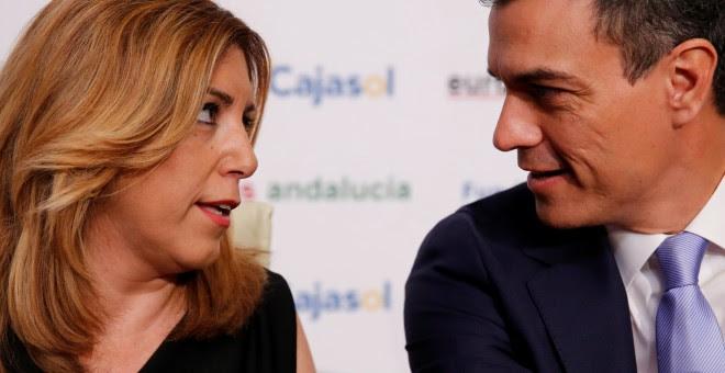 La presidenta andaluza, Susana Díaz, con el líder del PSOE, Pedro Sánchez, en un desayuno informativo el pasado mes de junio, antes de las elecciones del 26-J. REUTERS