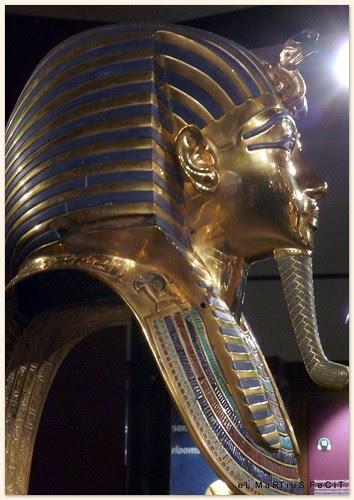 Tutankamón (exposición de reproducciones tamaño natural)